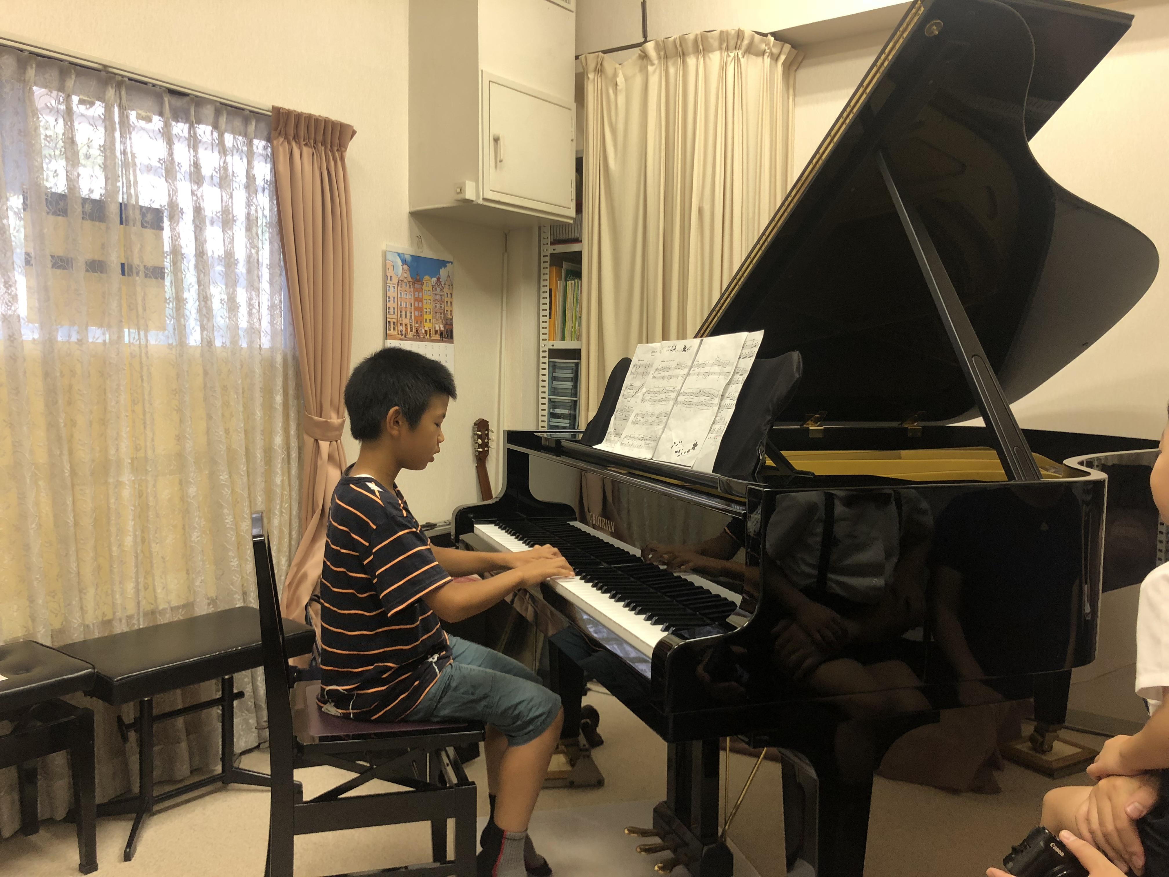 音楽ごころを育む♡音楽体験「ピアノ科ミニコンサート」